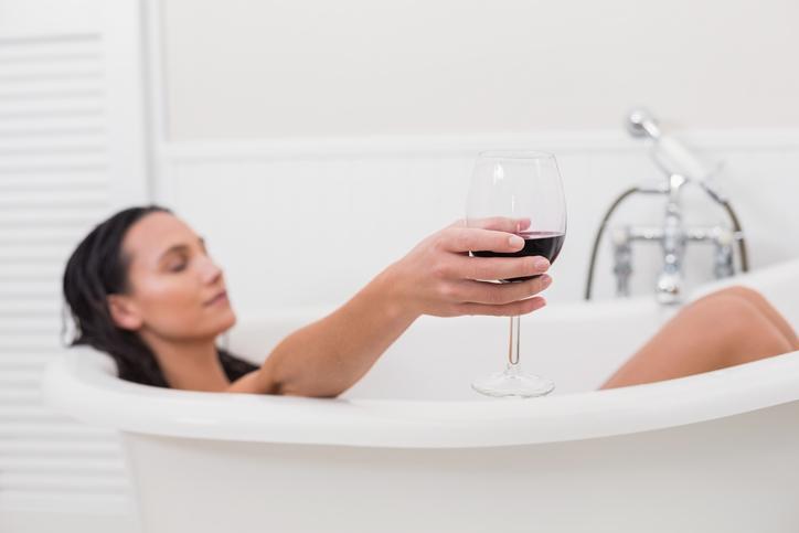 Składnik który zmieni kąpiel w oczyszczający rytuał. Na pewno masz go w domu!