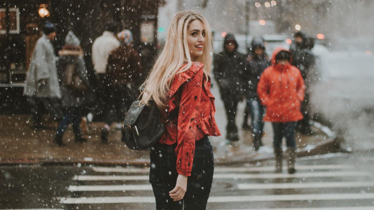 5 sugestii wizażystów, dzięki którym wykonasz nieskazitelny, zimowy makijaż