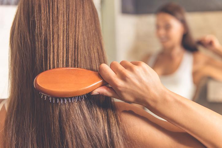 Technika strzyżenia, która nadaje objętości bez konieczności skracania włosów!