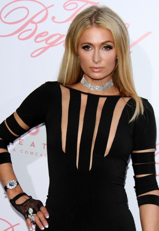 Paris Hilton oskarżona o kradzież! NIkkie Tutorials jest na nią wściekła?!