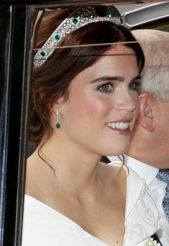 Pierwsze zdjęcia ze ślubu księżniczki Eugenii! Wypadła lepiej niż Meghan Markle?
