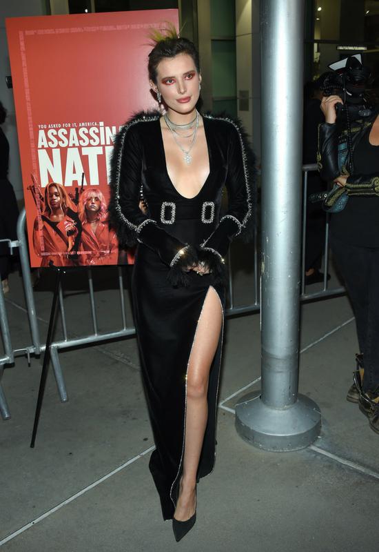 Bella Thorne zdradziła, jak ukrywa blizny po trądziku. Metoda niebanalna, ale…