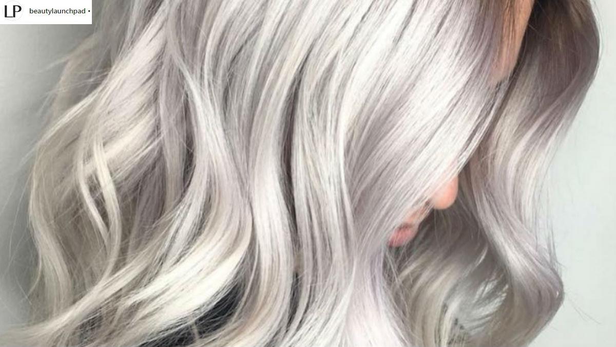 #ShadowRoots! Oto najnowszy, subtelny trend w tęczowej koloryzacji włosów!