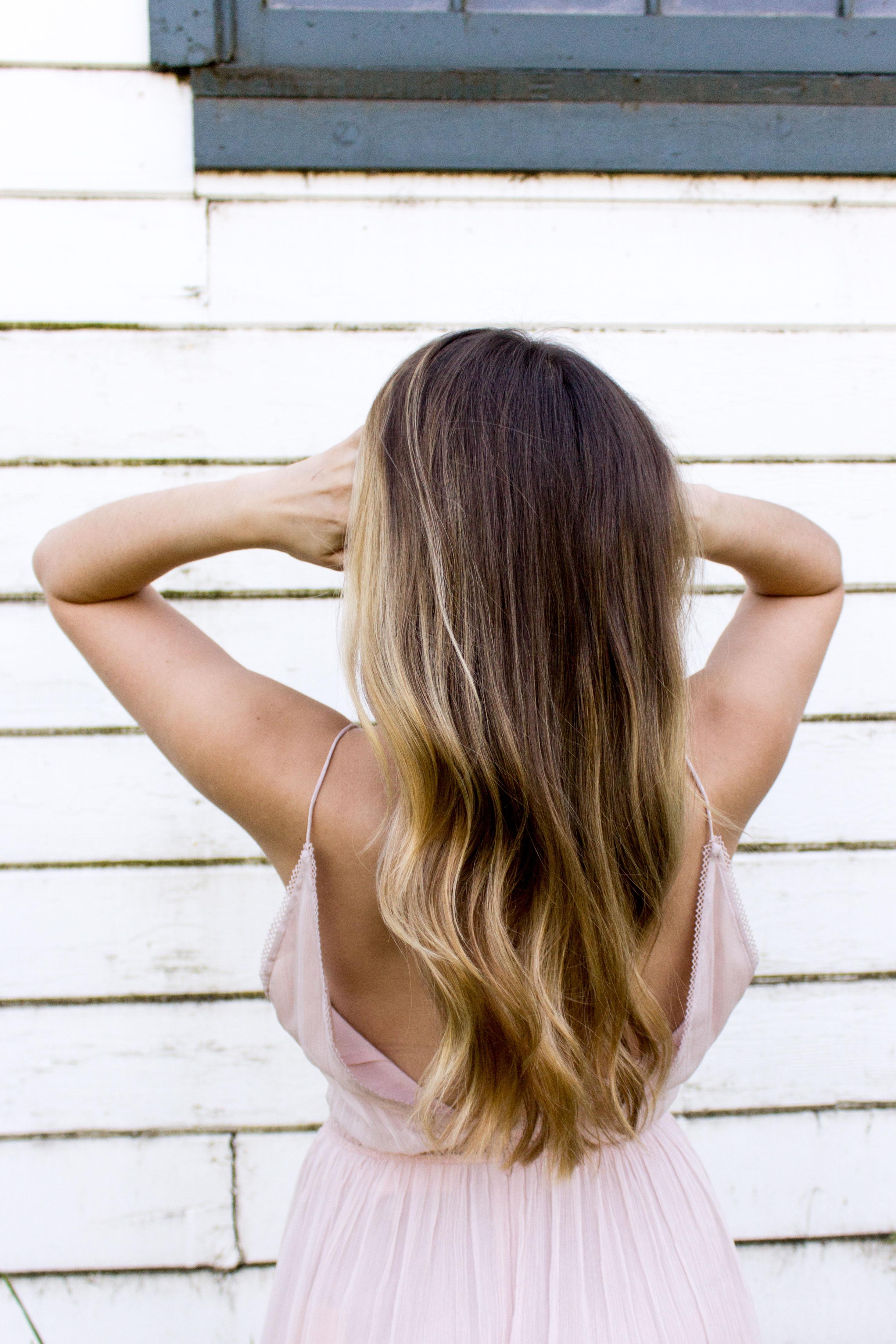 Zastanawiasz się nad przedłużaniem włosów? Oto najczęściej wybierane metody