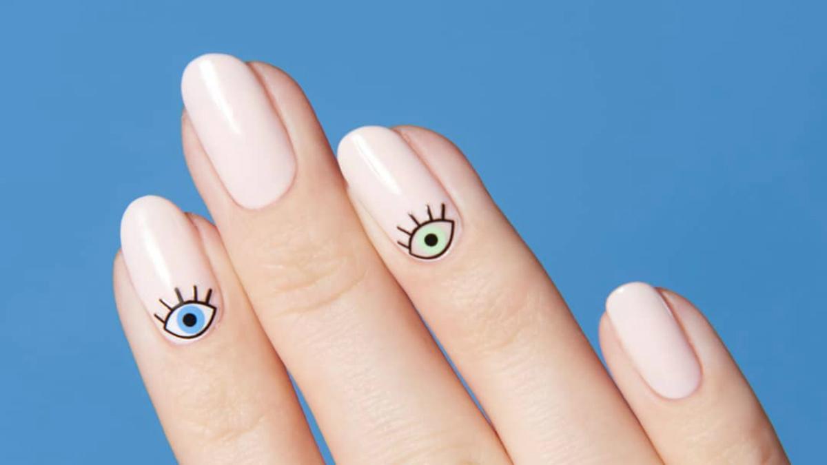 Eleganckie paznokcie, które… nie wymagają żadnych umiejętności i doświadczenia