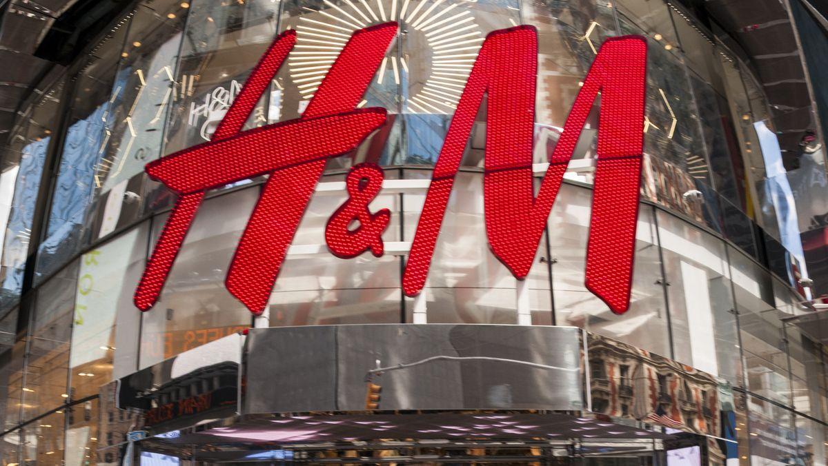 Będziecie w szoku, gdy dowiecie się, co H&M robi z niesprzedanymi ubraniami