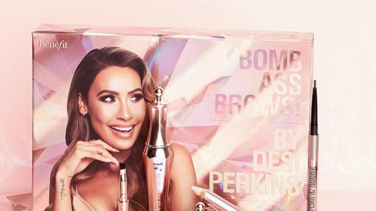 Kultowe pudełeczko do makijażu brwi od Benefit Cosmetics ma nowy, złoty kolor!