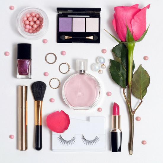 Poprawna kolejność aplikowania kosmetyków do pielęgnacji i makijażu