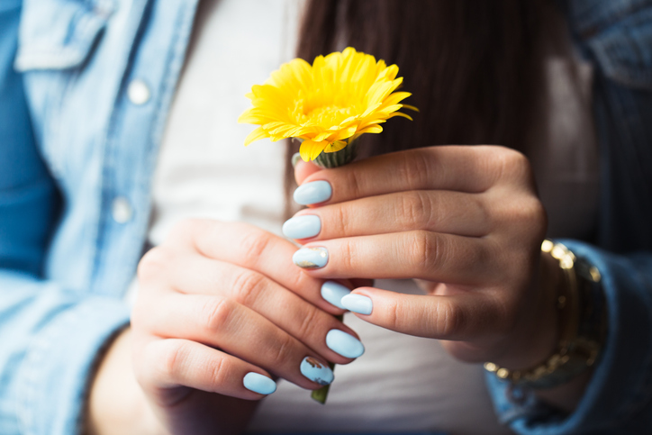 Wiesz co nakładasz na paznokcie?Zobacz które składniki lakierów są niebezpieczne