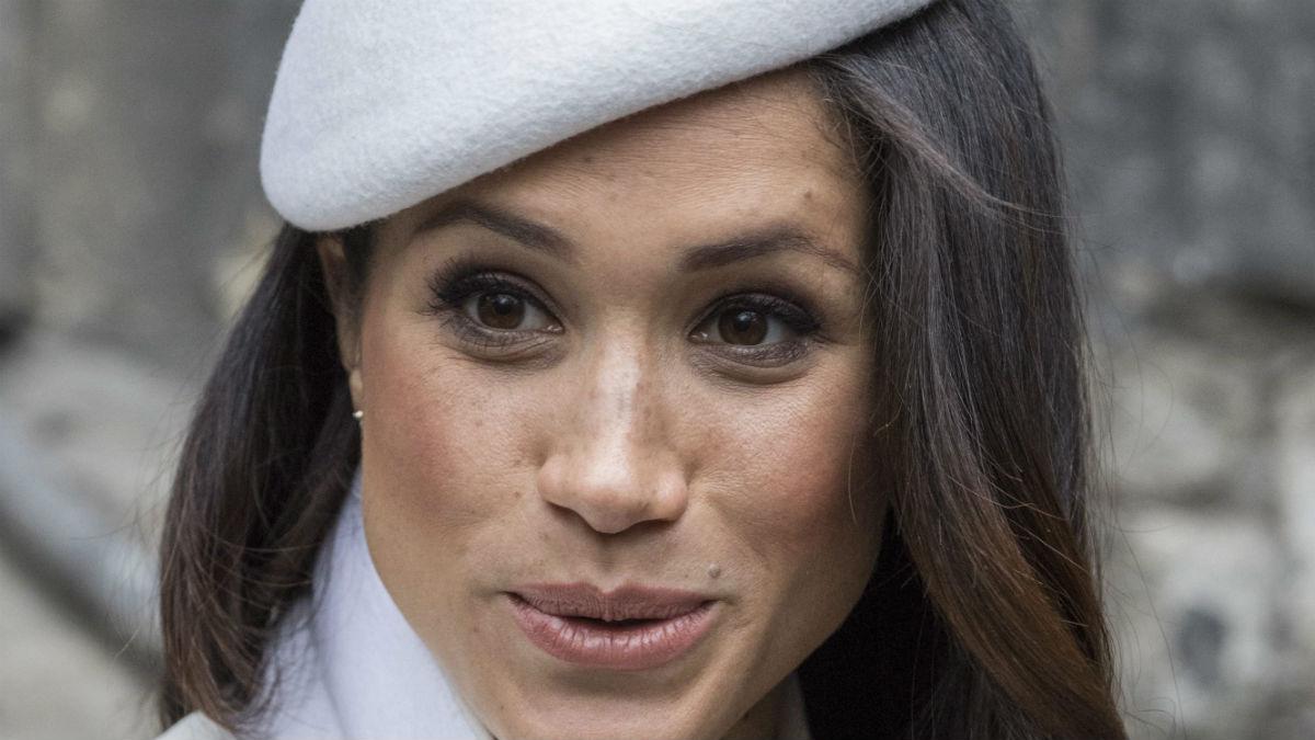 Dziwny masaż Meghan Markle. Księżna pozwala wkładać sobie palce do ust?
