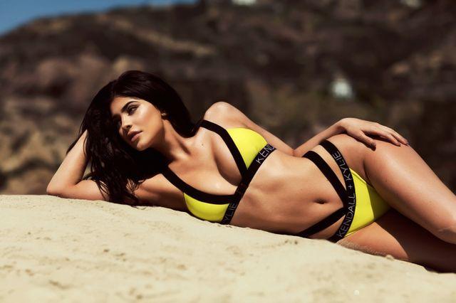 Już jest! Kolekcja strojów kąpielowych  Kendall + Kylie dla Topshop