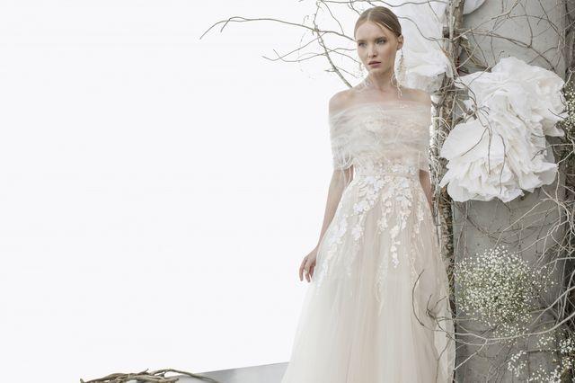 Sukien ślubnych nigdy dosyć! Zobaczcie kolekcję na wiosnę 2018 Miry Zwillinger!