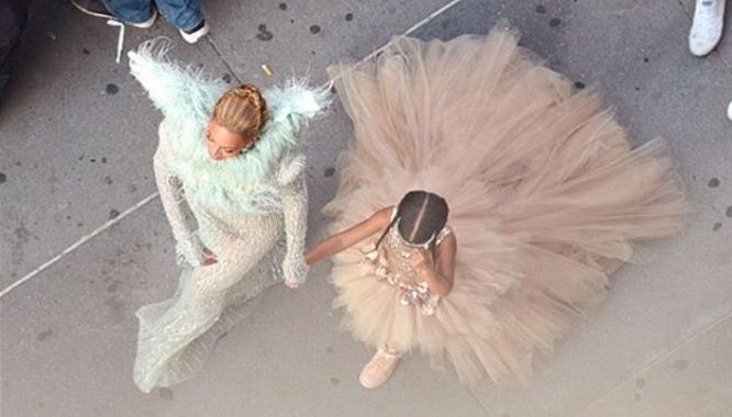 Beyonce nie pojawiła się na gali MTV VMA sama! (FOTO)