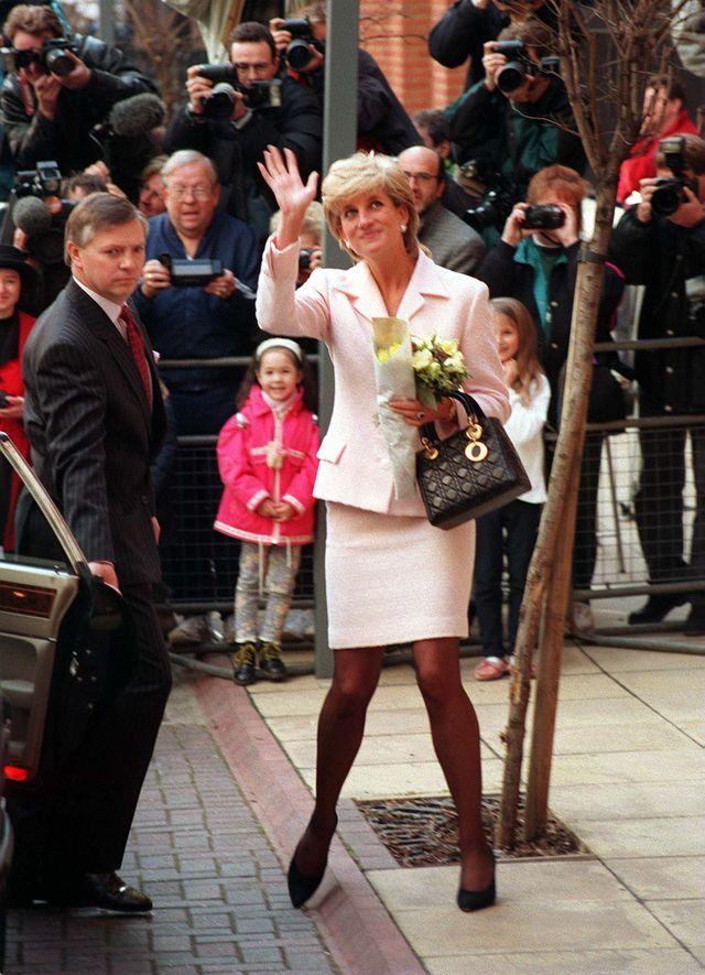 Oto 8 zasad piękna, których przestrzegała księżna Diana. Dbała o to każdego dnia
