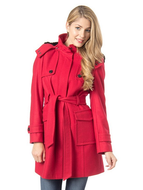 Płaszcz: podstawa jesienno-zimowej garderoby