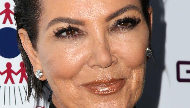 Takiej zmiany fryzury u Kris Jenner nie spodziewła się nikt (FOTO)
