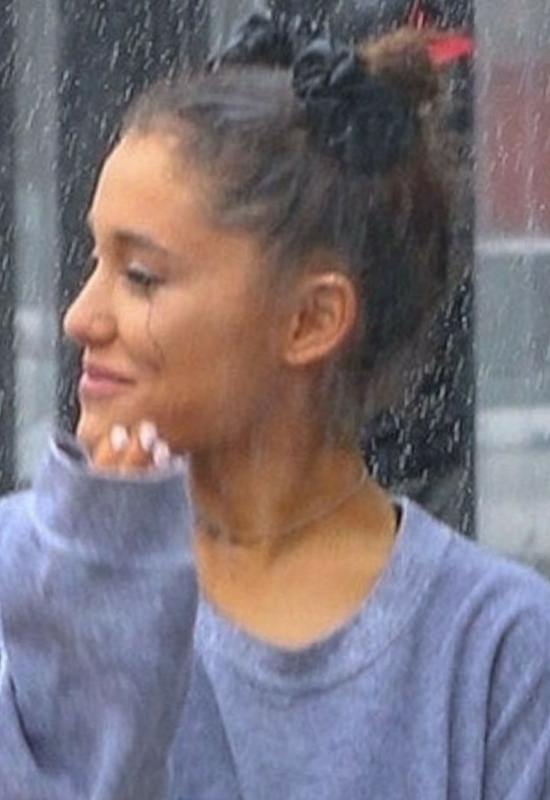 Ariana Grande zmieniła fryzurę. To najmodniejsza stylizacja tej jesieni