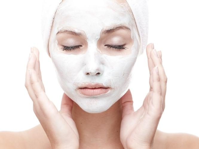 złuszczanie skóry twarzy