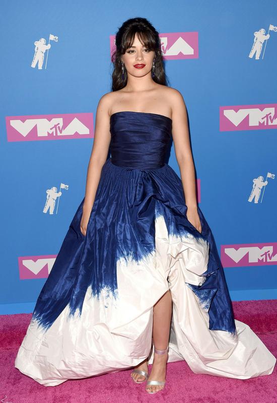 Camila Cabello nie taka idealna?! Na jej twarzy pojawił się wielki pryszcz...