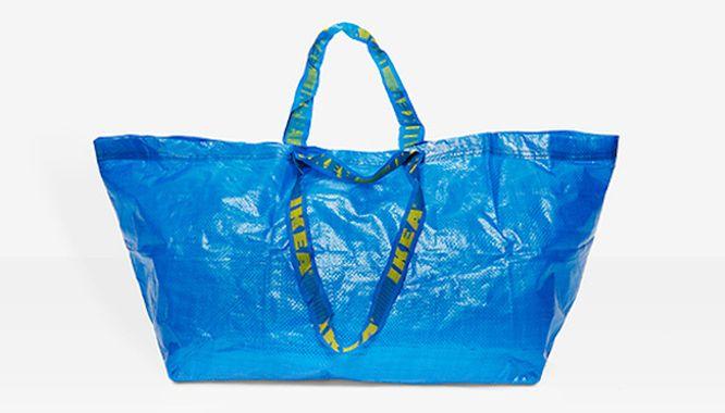 Ikea w mistrzowski sposób odpowiada na torbę projektu Balenciagi! (FOTO)