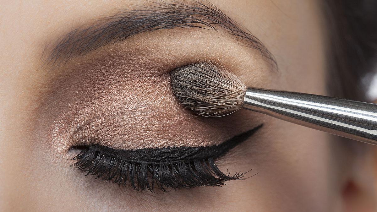 Wybitny Jak wzmocnić pigmentacje cieni do powiek? Jest pewien sposób HA01