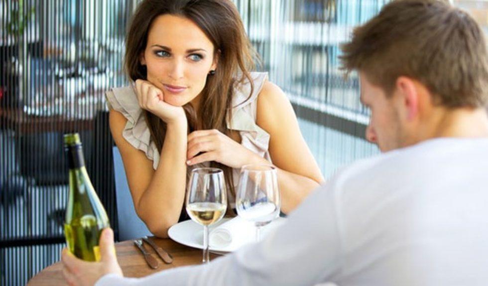 Czego nie robić randki online