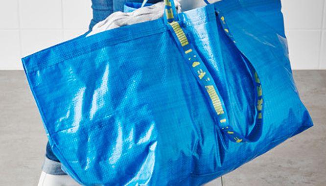 Znana na całym świecie niebieska torba Ikea już niedługo zniknie ze sklepów
