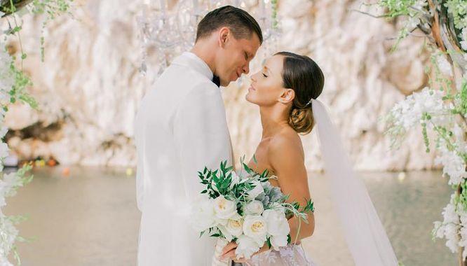 Marina Łuczenko i Wojtek Szczęsny pochwalili się zdjęciami ze ślubu!