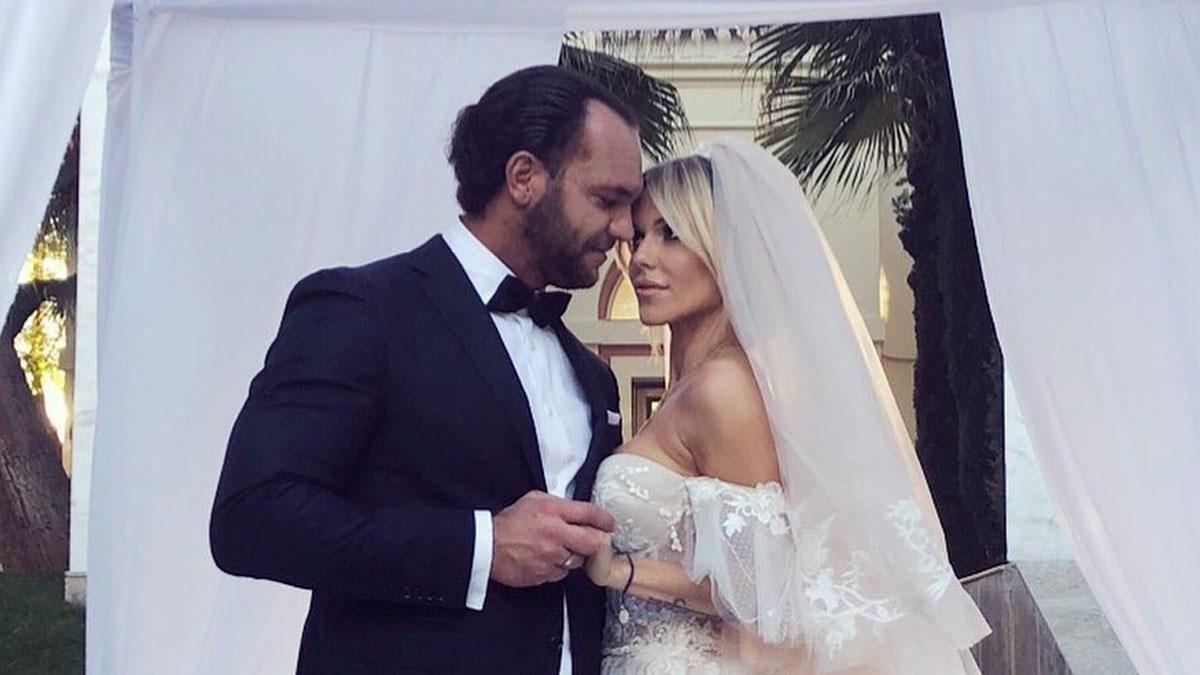 Doda wyszła za mąż! Zobaczcie jej suknie ślubną! (FOTO)