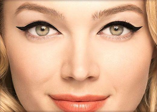 Eyelinerowa rewolucja? Zobaczcie nowy produkt Benefit!