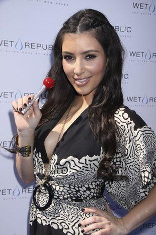 Kim Kardashian w stylu boho