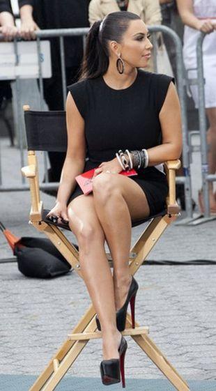 Kim Kardashian w sukience Givenchy (FOTO)