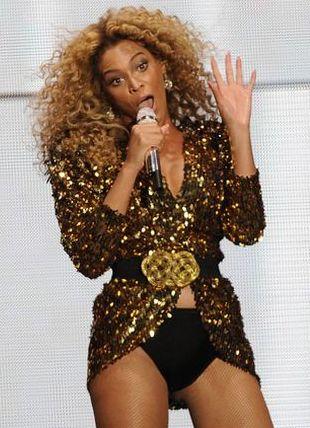 Beyonce w złocie na festiwalu w Glastonbury