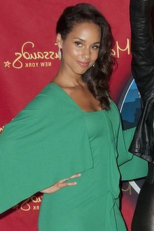 Alicia Keys w sandałkach Jimmy Choo (FOTO)