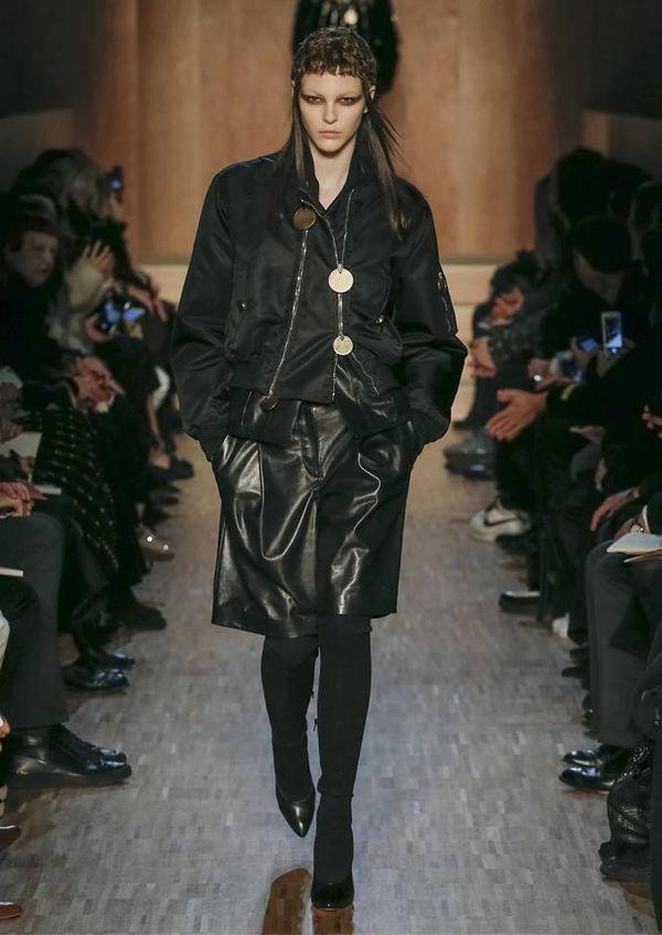 Wzorzyste kreacje w kolekcji Pre-Fall 2016 Givenchy (FOTO)