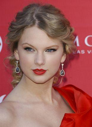 Taylor Swift zachwyciła w czerwieni