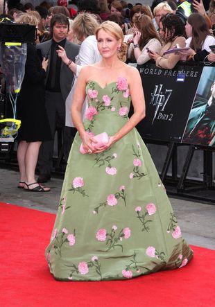 J. K Rowling w zielonej sukni w kwiaty (FOTO)