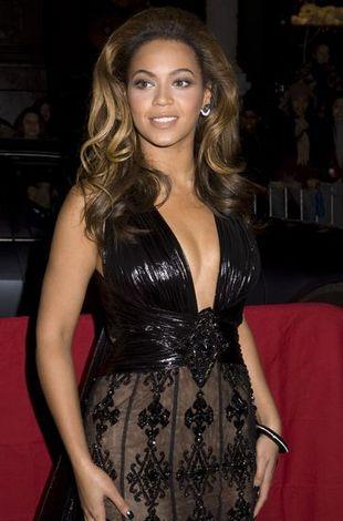Beyonce w sukni od Zuhaira Murada