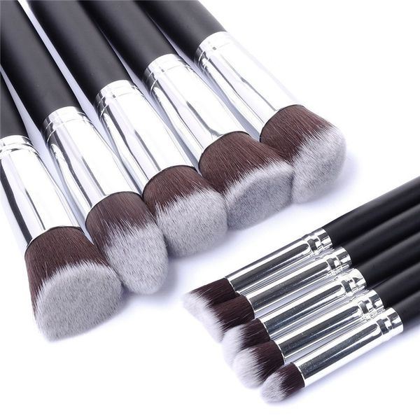 Jakie pędzle do makijażu wybrać? (FOTO)