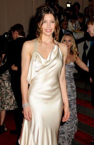 Jessica Biel klasycznie w sukni Ralpha Laurena