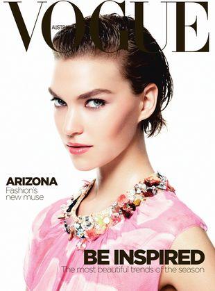 Arizona Muse na trzech okładkach Vogue Australia