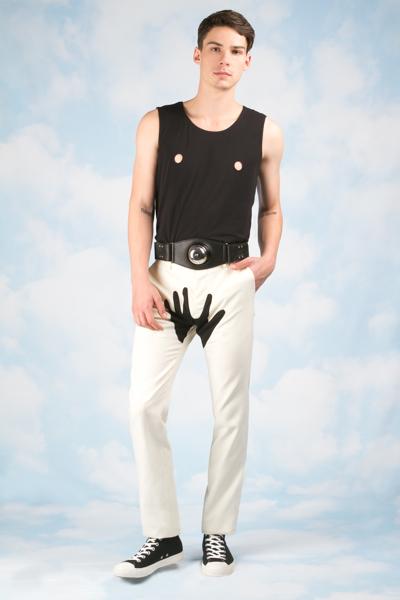 Męskie biustonosze od Yoko Ono