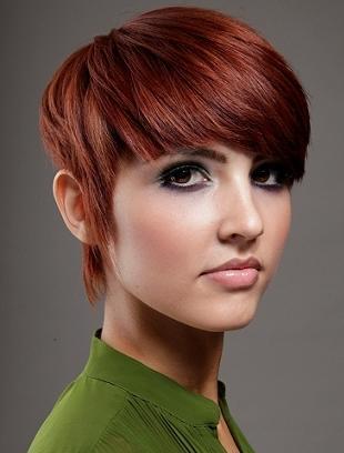 Modne cięcia dla krótkich włosów na rok 2012