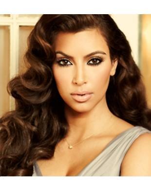 Kim Kardashian niczym gwiazda starego kina