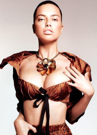 Adriana Lima w wersji naturalnej