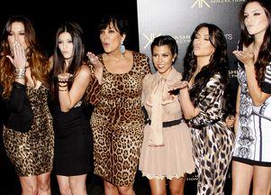 Kardashianki w ubraniach ze swojej kolekcji