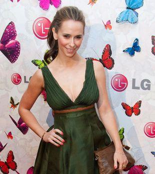Jennifer Love Hewitt: maksimum kobiecości
