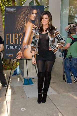 Khloe Kardashian też woli nago niż w futrze
