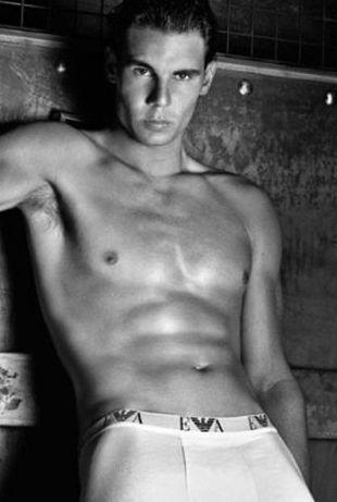 Rafael Nadal w bieliźnie Emporio Armani (FOTO)