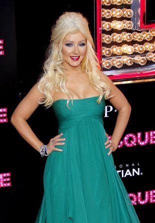 Christina Aguilera straszy w Elie Saab (FOTO)